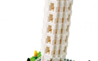 torre de pisa con bloques de construccion